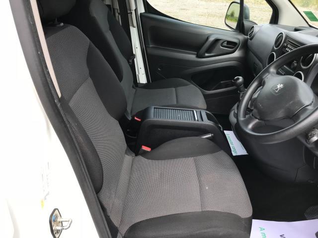 2018 Peugeot Partner  L2 715 S 1.6 BLUEHDI 100 CREW VAN EURO 6 *Restricted to 70MPH* (NU18XZS) Image 19