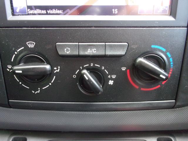 2018 Peugeot Partner L1 850 1.6 BLUEHDI 100PS PROFESSIONAL (NON S/S) EURO 6 (NU18YBO) Image 9