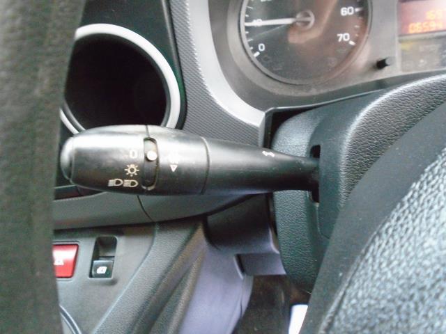 2014 Peugeot Partner L1 850 S 1.6 92PS (SLD) EURO 5 (NU64CWR) Image 16