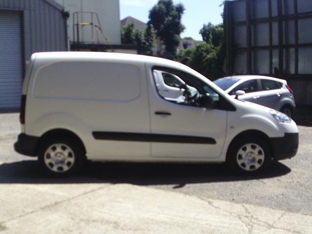 2014 Peugeot Partner L1 850S 1.6HDi 92PS Van Euro 5 (NU64DGO) Image 8