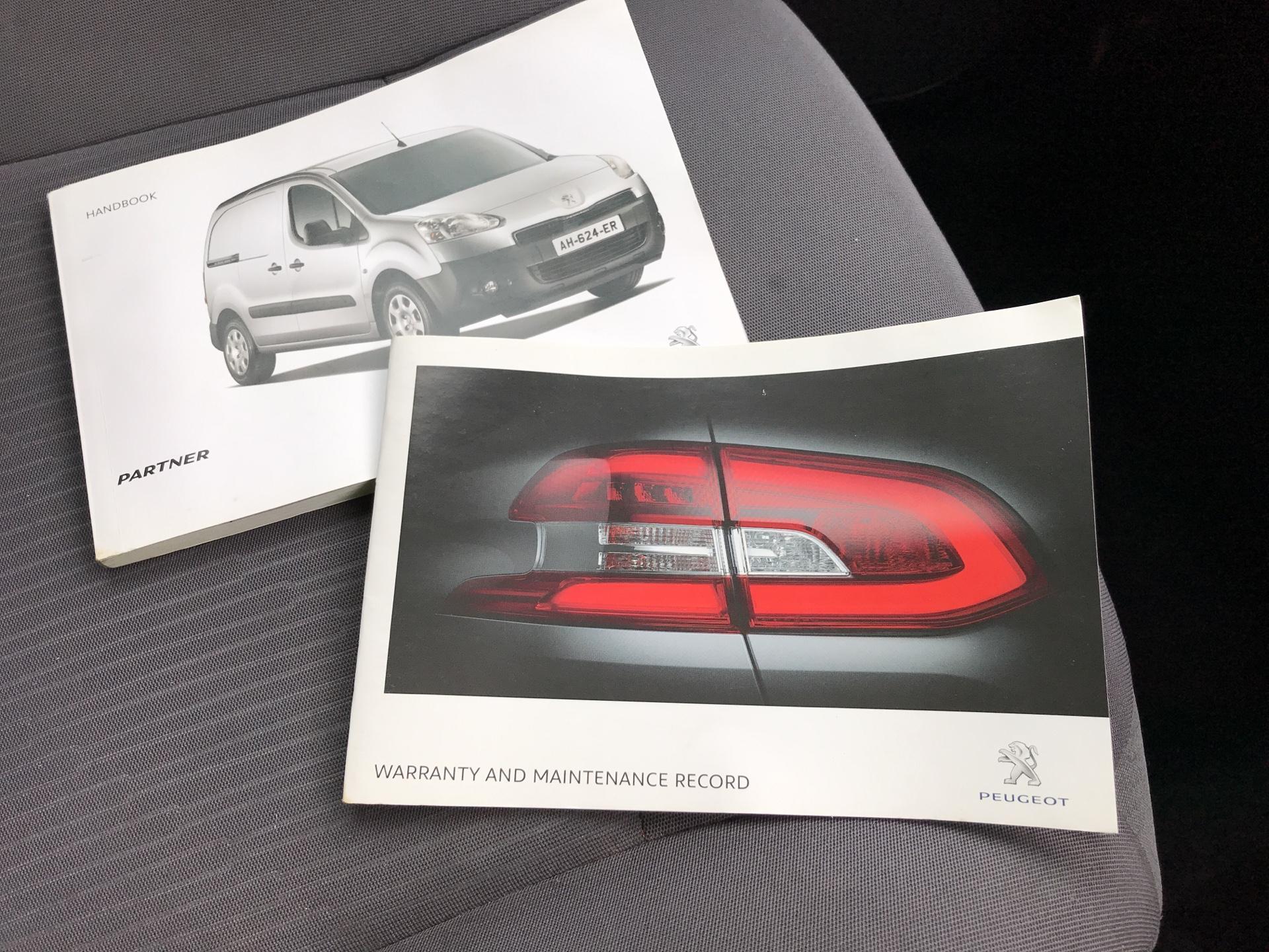 2014 Peugeot Partner L1 850 S 1.6HDI 92PS EURO 5 (NU64DWM) Image 24