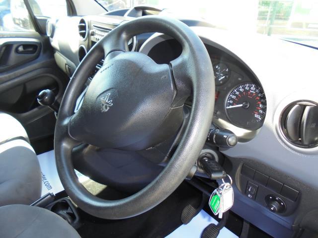 2014 Peugeot Partner L1 850 S 1.6 92PS (SLD) EURO 5 (NU64DXP) Image 20