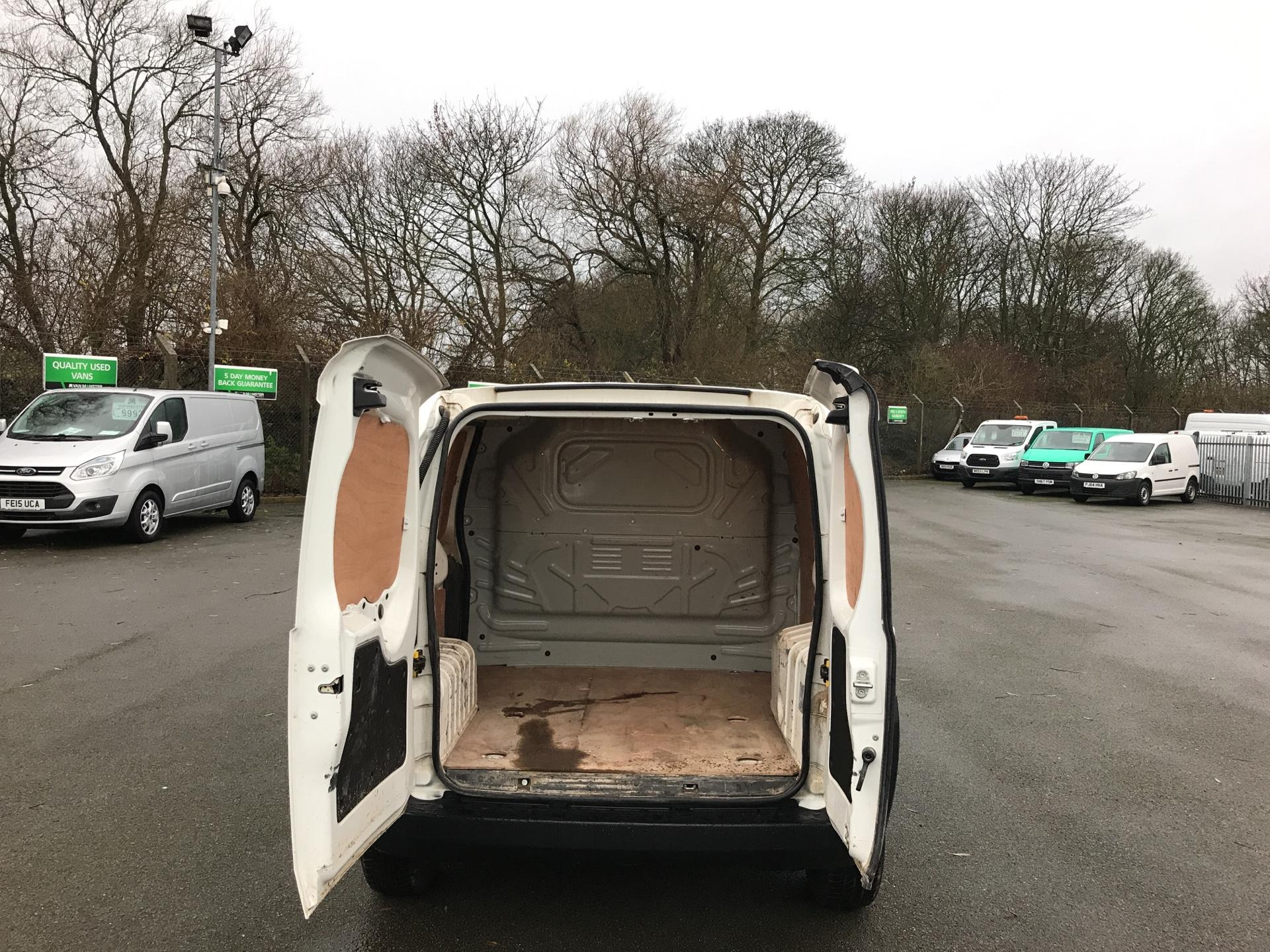 2014 Peugeot Bipper 1.3 HDI 75 S PLUS PACK NON S/S EURO 5 (NU64HLP) Image 15