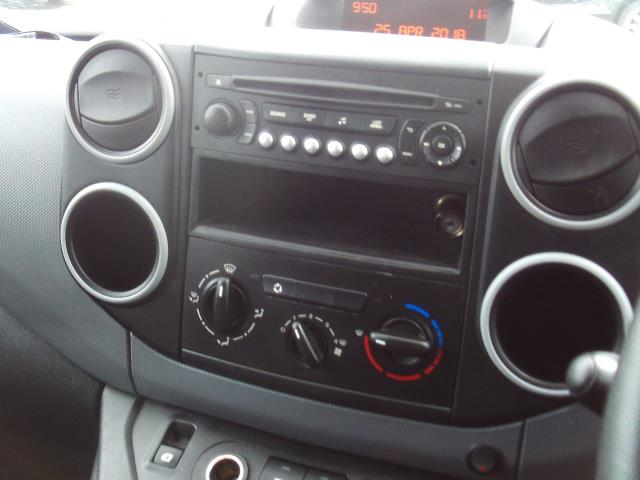2014 Peugeot Partner L1 850 SE 1.6HDI 92PS EURO 5 3 SEATS (NU64OBH) Image 10