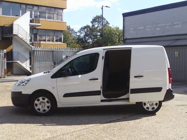 2014 Peugeot Partner L1 850 S 1.6 92PS (SLD) EURO 5 (NU64VFO) Image 10