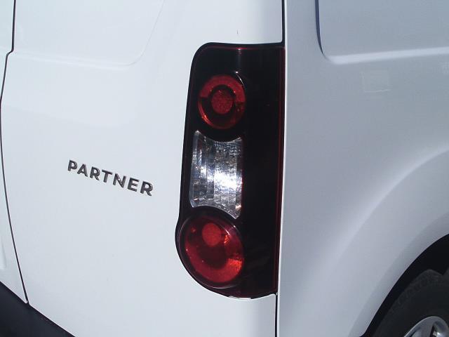 2014 Peugeot Partner L1 850 S 1.6 92PS (SLD) EURO 5 (NU64VFO) Image 15