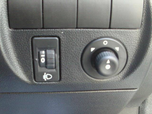 2014 Peugeot Partner L1 850 S 1.6 92PS (SLD) EURO 5 (NU64VFO) Image 29
