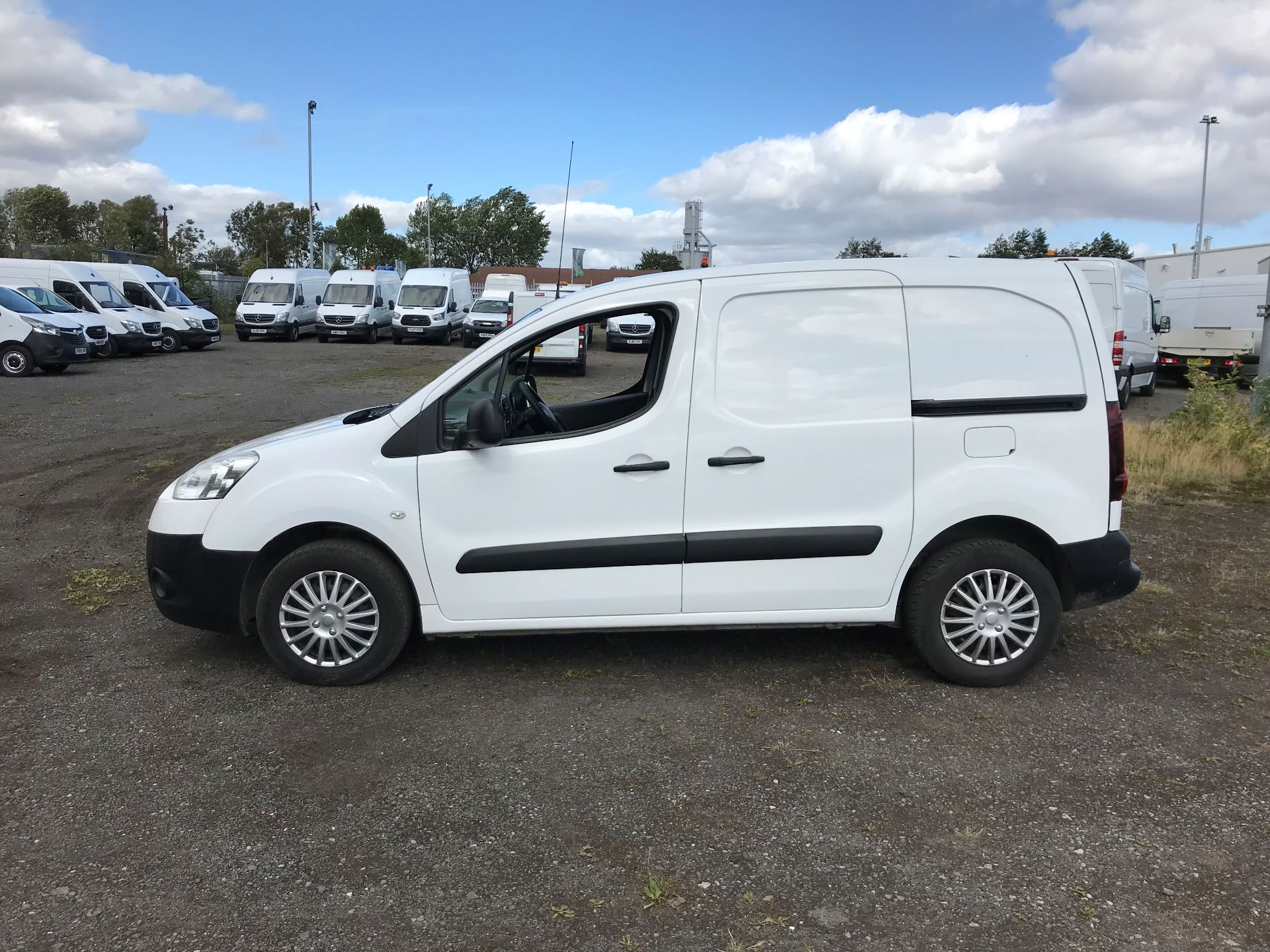 2014 Peugeot Partner 850 S 1.6 Hdi 92 Van [Sld] (NU64WKM) Image 4