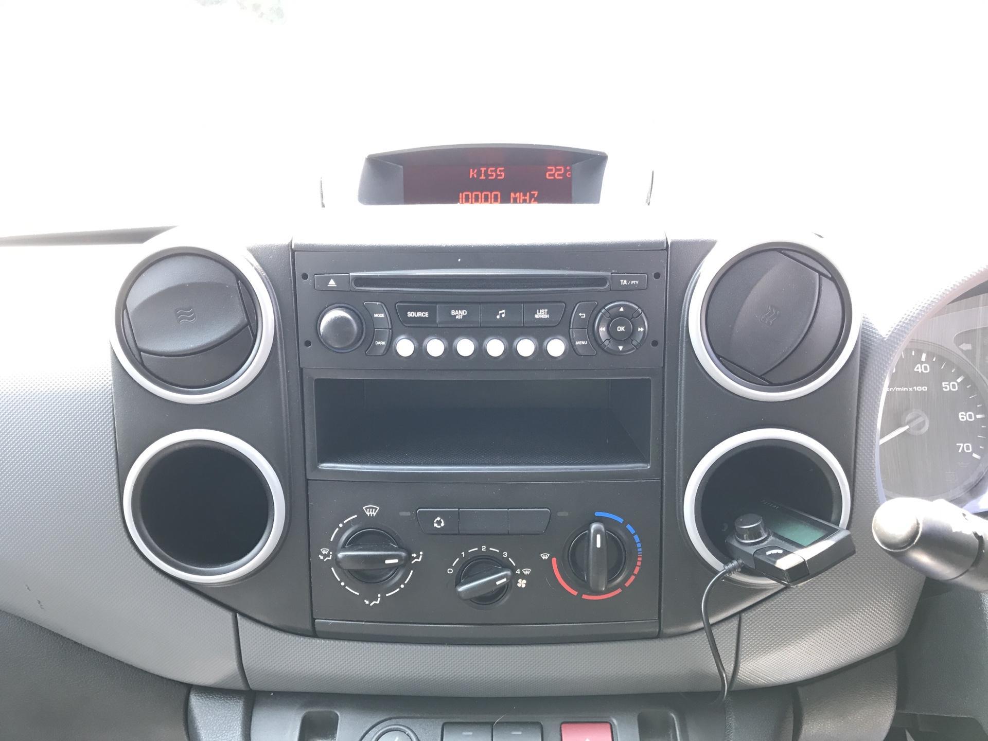 2014 Peugeot Partner  L1 850 S 1.6 92PS (SLD) EURO 5 (NU64XNO) Image 10
