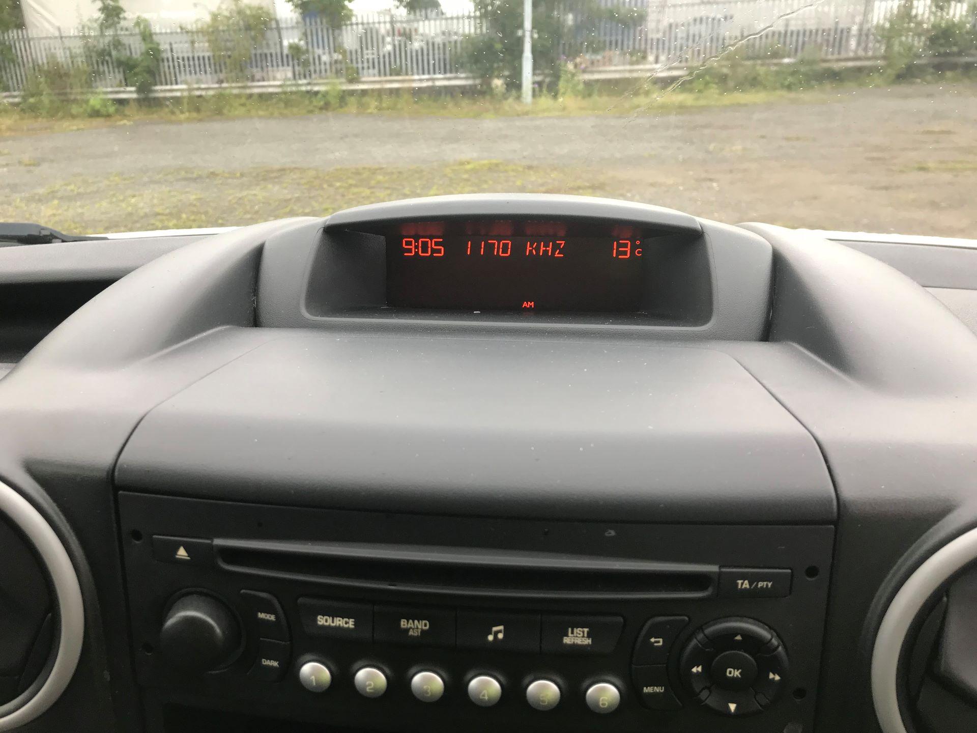 2014 Peugeot Partner 750 S 1.6 Hdi 92 Van (NU64ZGM) Image 14