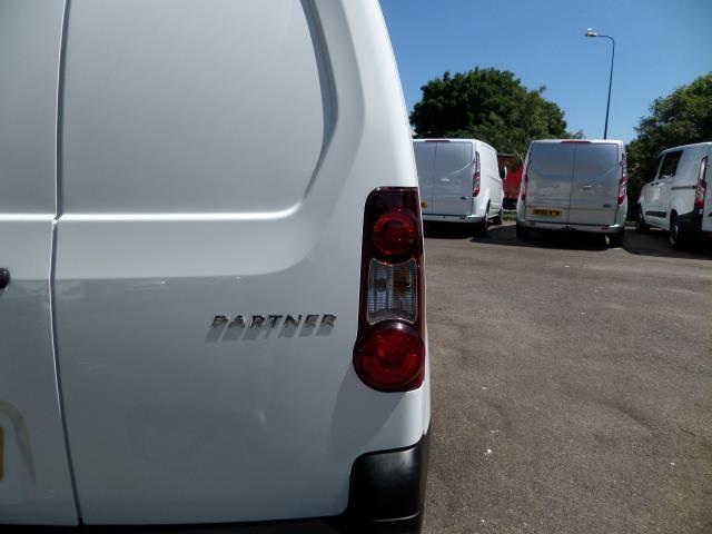 2014 Peugeot Partner L1 850 S 1.6 92PS (SLD) EURO 5 (NU64ZRJ) Image 21