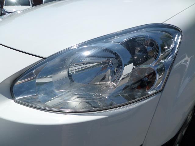 2014 Peugeot Partner L1 850 S 1.6 92PS (SLD) EURO 5 (NU64ZRJ) Image 19