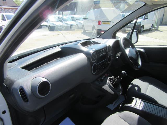 2014 Peugeot Partner L1 850 S 1.6 92PS (SLD) EURO 5 (NU64ZVY) Image 16