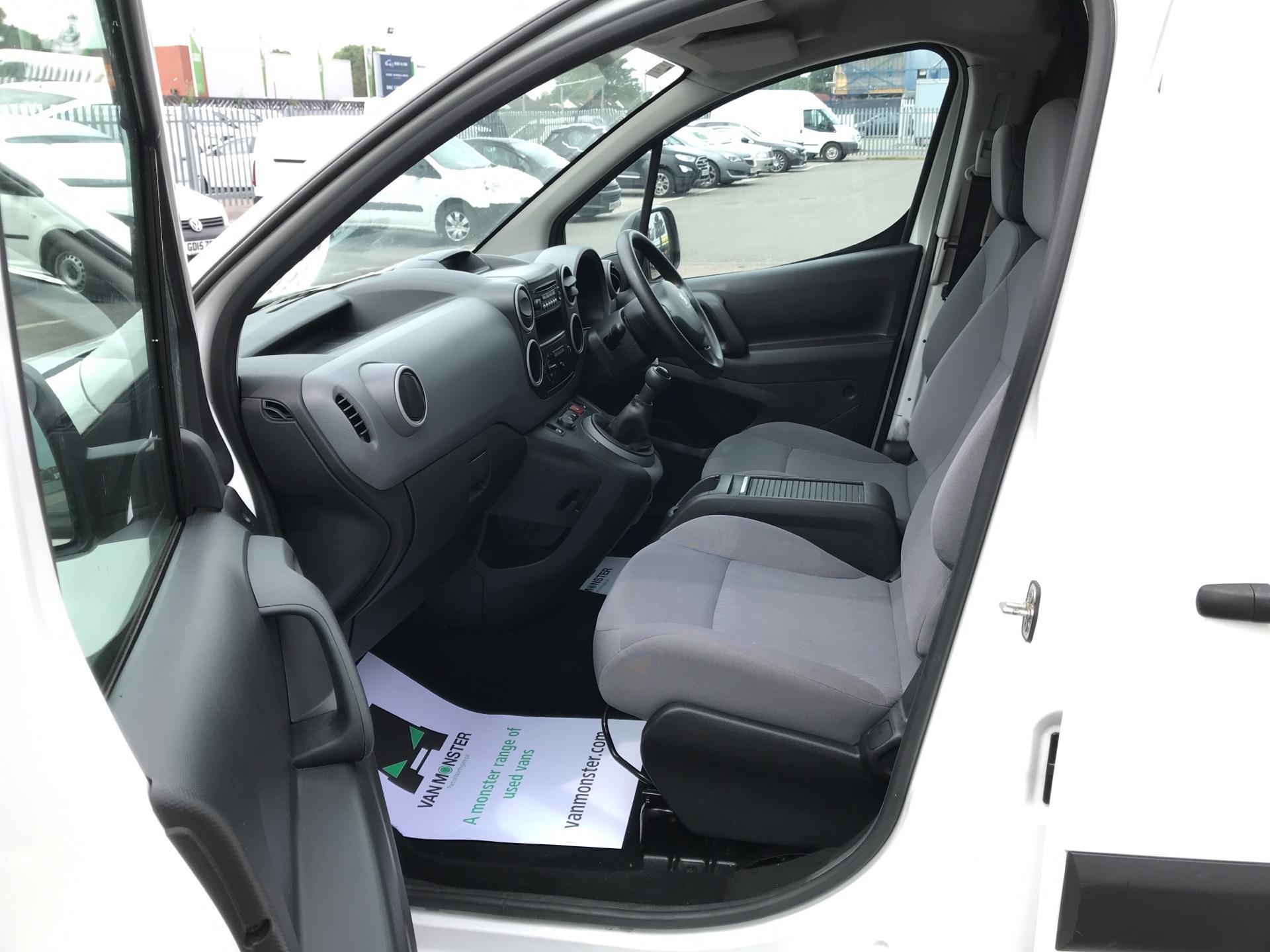 2015 Peugeot Partner  L1 850 1.6 92PS (SLD) EURO 5  (NU65CJJ) Image 14