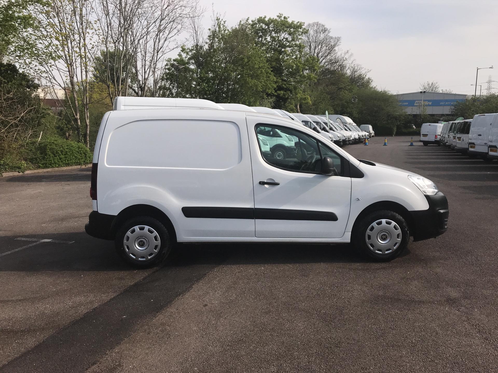 2015 Peugeot Partner 850 S 1.6 Hdi 92 Van [Sld] Euro 5 (NU65CLX) Image 2