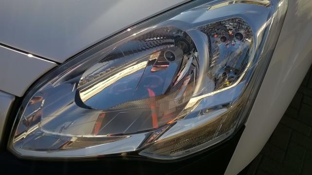 2015 Peugeot Partner L1 850 S 1.6 92PS (SLD) EURO 5 (NU65CXJ) Image 17