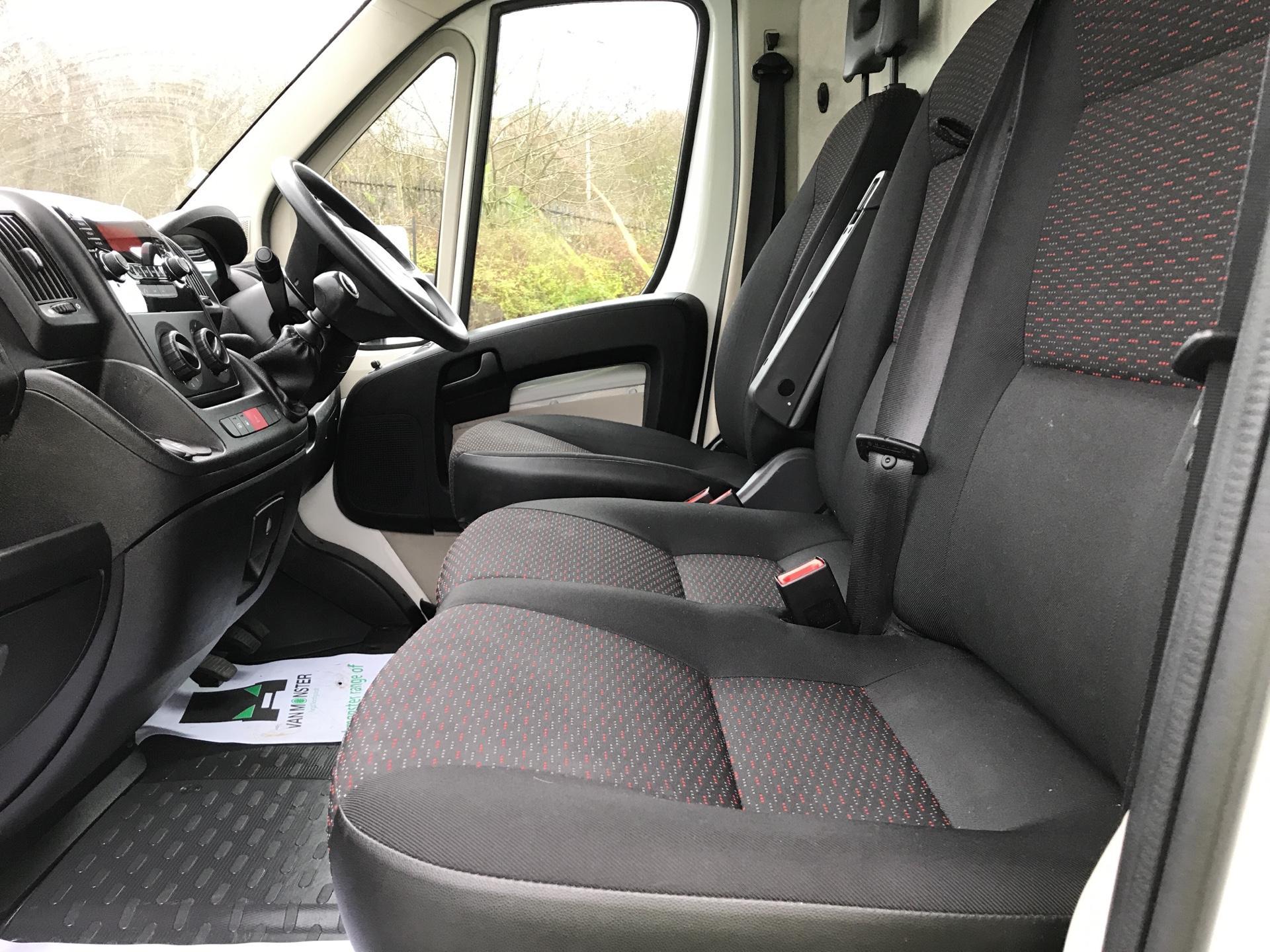 2015 Peugeot Boxer L3 H2 2.2 130PS VAN EURO 5 (NU65DFD) Image 14