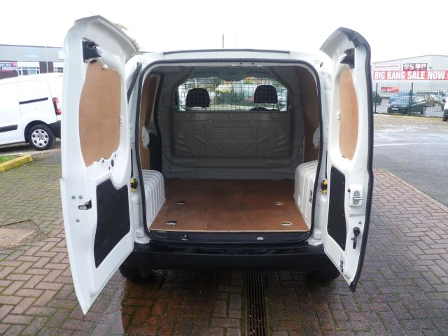 2015 Peugeot Bipper 1.3 HDI 75 S PLUS PACK NON S/S EURO 5 (NU65EAW) Image 7
