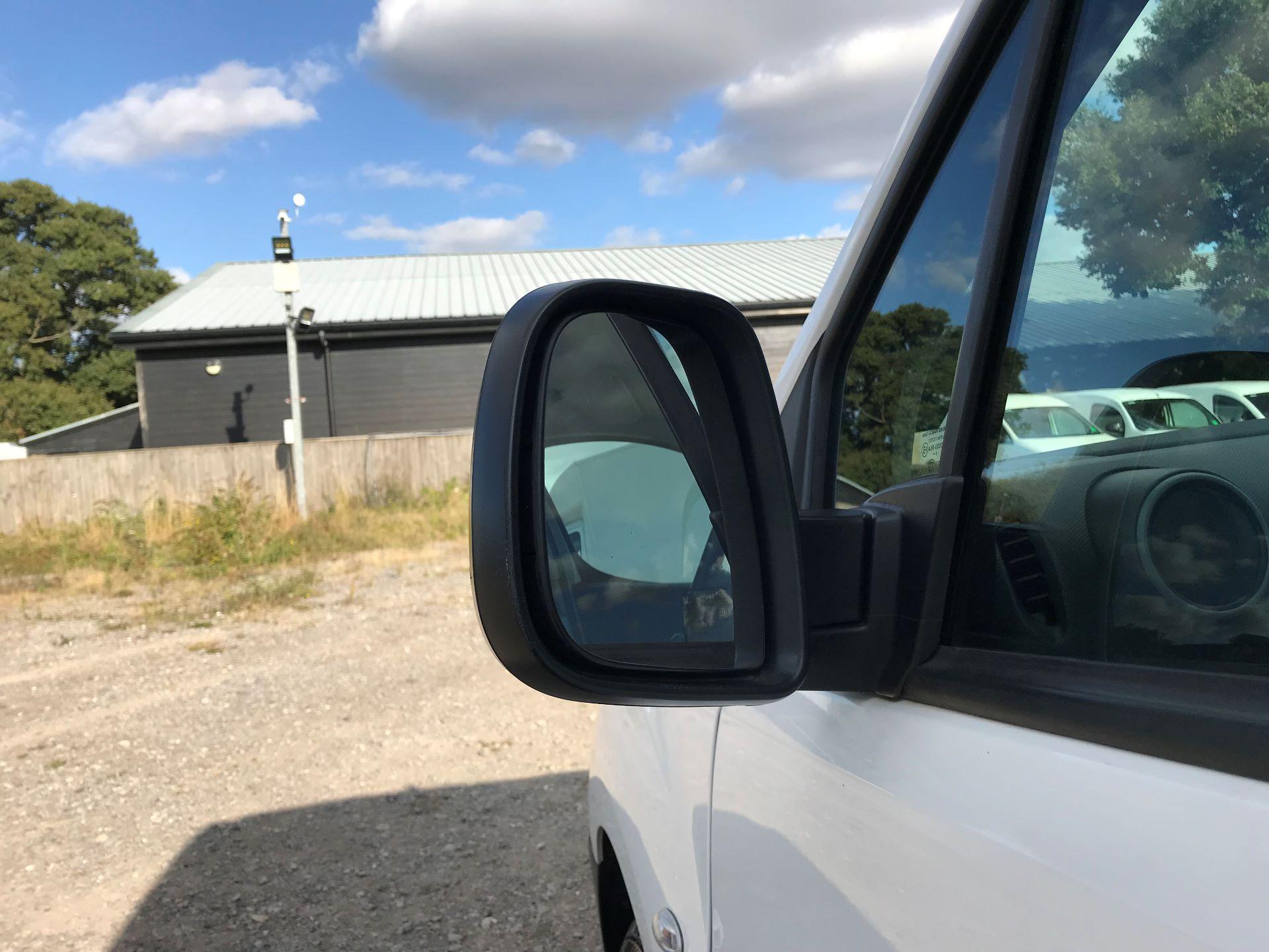 2015 Peugeot Partner L1 850 S 1.6 92PS (SLD) EURO 5 (NU65HTJ) Image 12