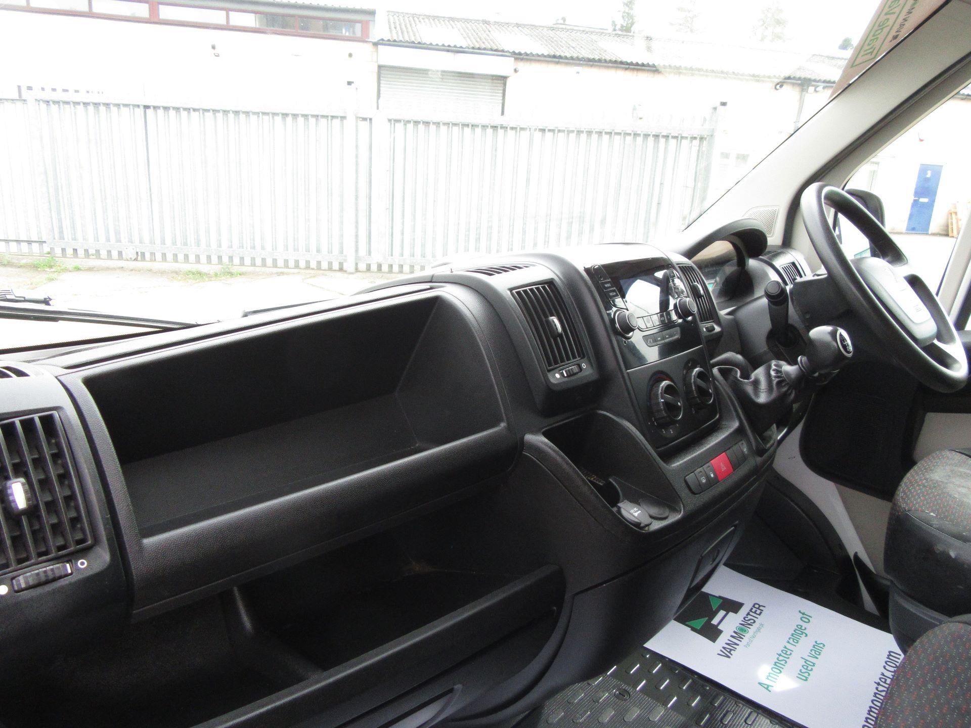 2015 Peugeot Boxer L3 H2 2.2 130PS EURO 5 (NU65HWA) Image 22