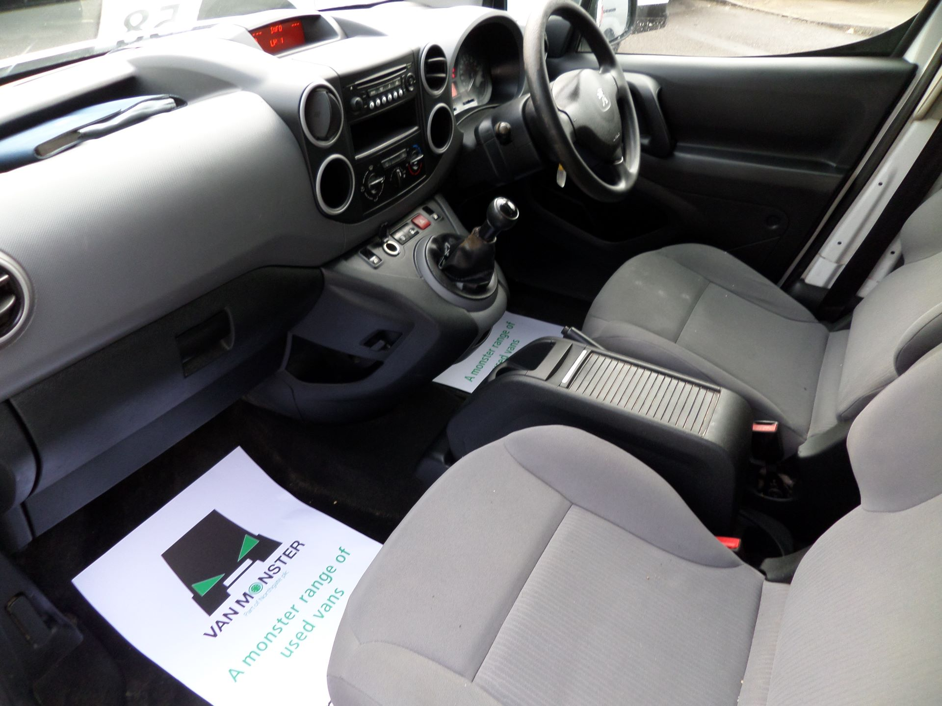 2015 Peugeot Partner 716 S 1.6 Hdi 92 Crew Van Euro 5 (NU65MMX) Image 14