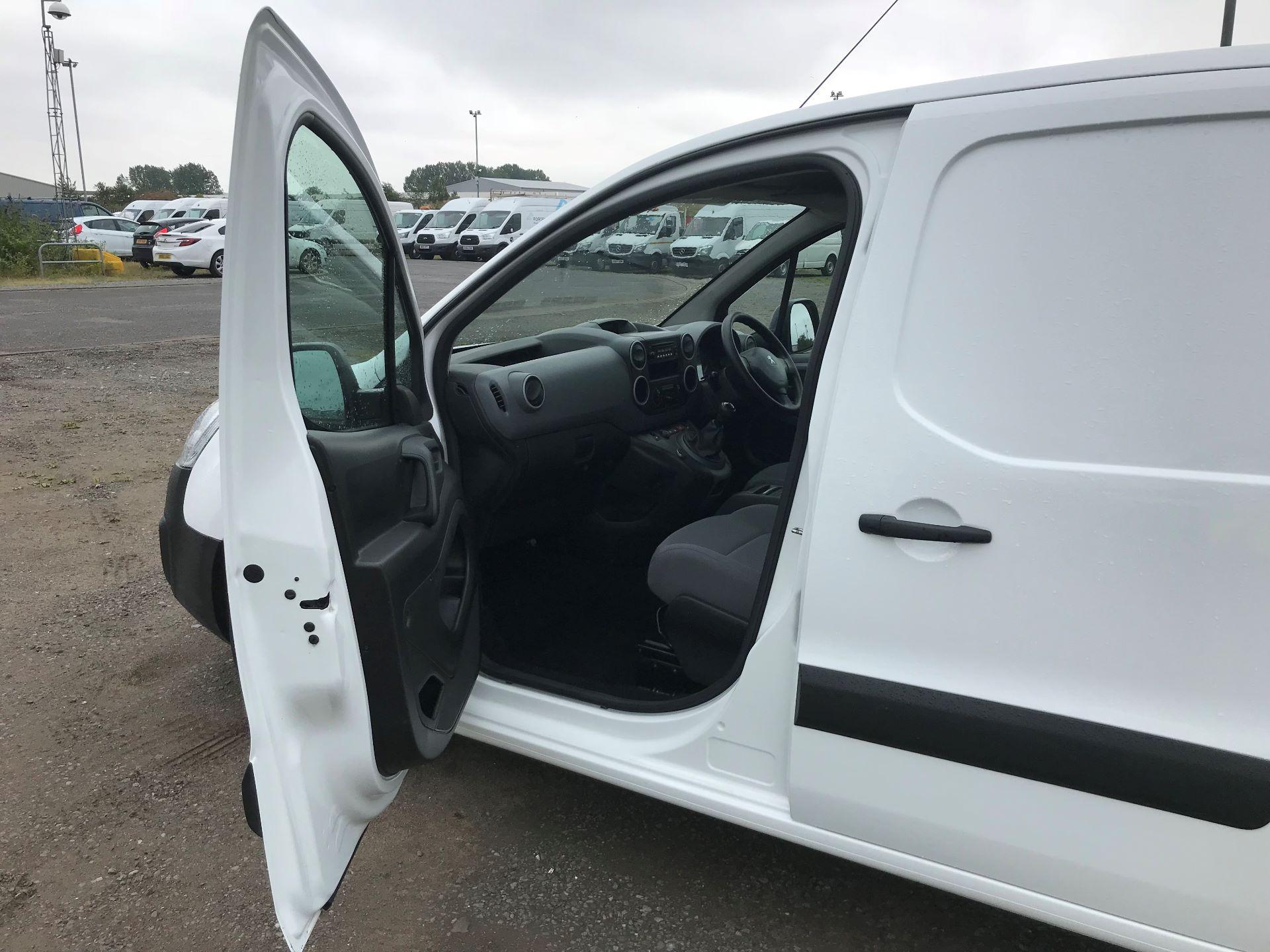 2015 Peugeot Partner 850 S 1.6 Hdi 92 Van [Sld] (NU65PCY) Image 12