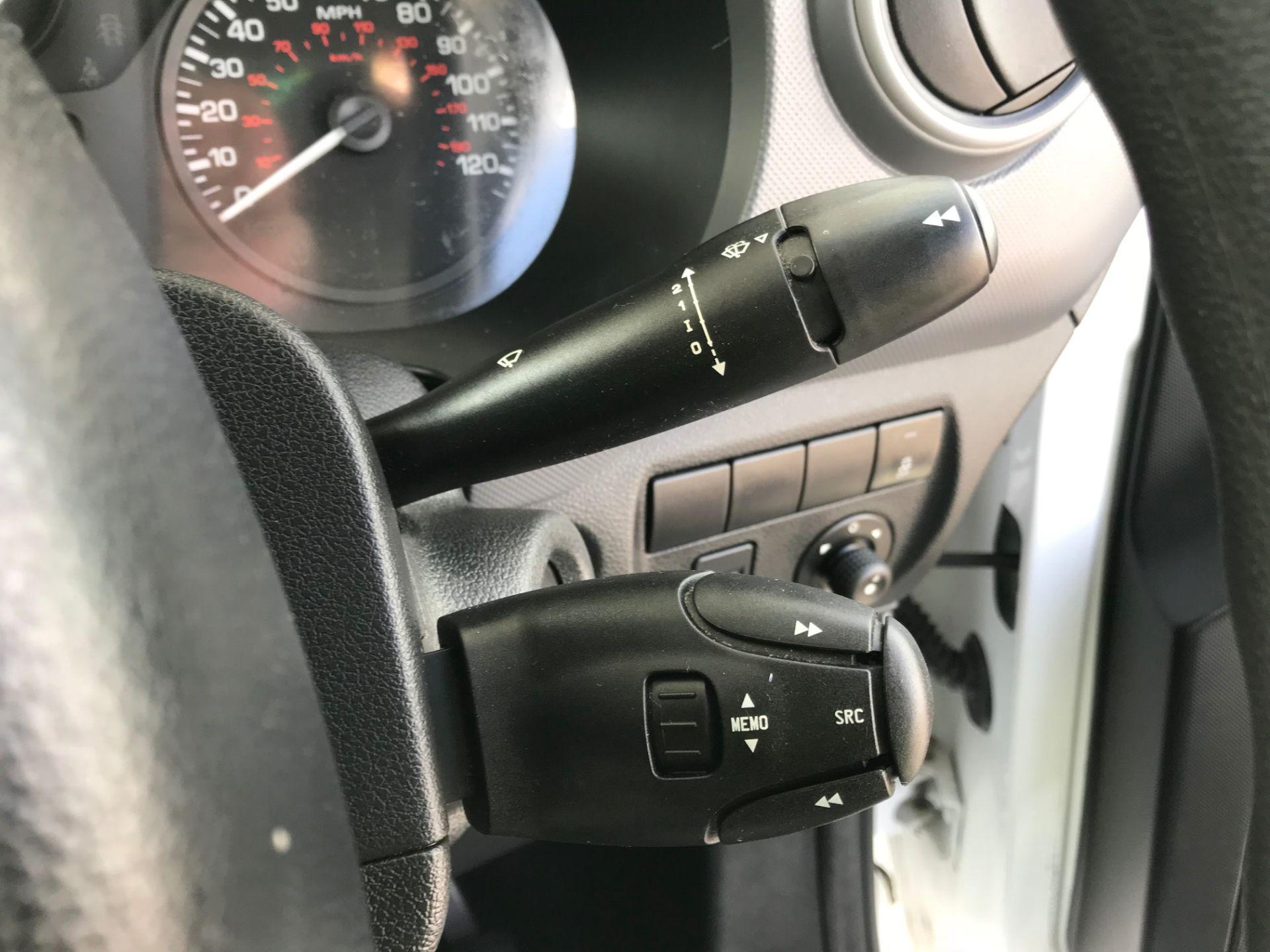 2015 Peugeot Partner  L1 850 1.6 92PS (SLD) EURO 5  (NU65PEO) Image 24