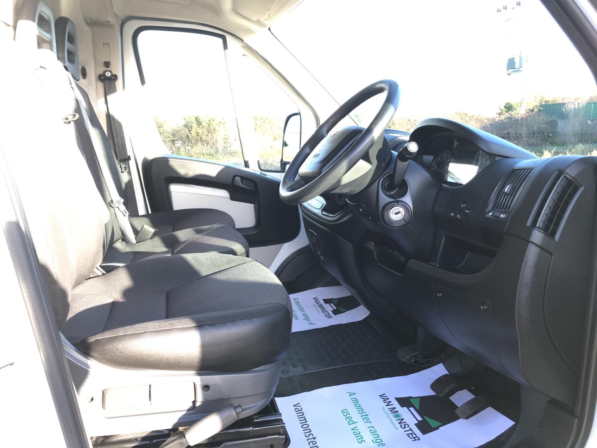2015 Peugeot Boxer 2.2 Hdi H2 Van 130Ps Euro 5 (NU65TVM) Image 9