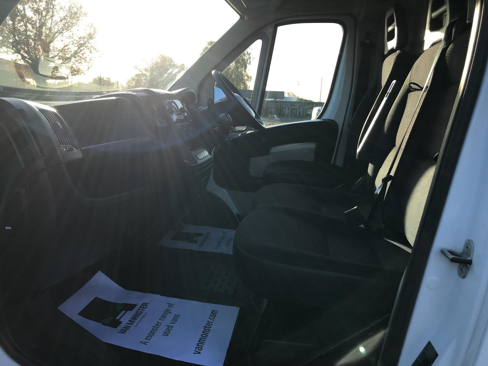 2015 Peugeot Boxer 2.2 Hdi H2 Van 130Ps Euro 5 (NU65TVM) Image 14
