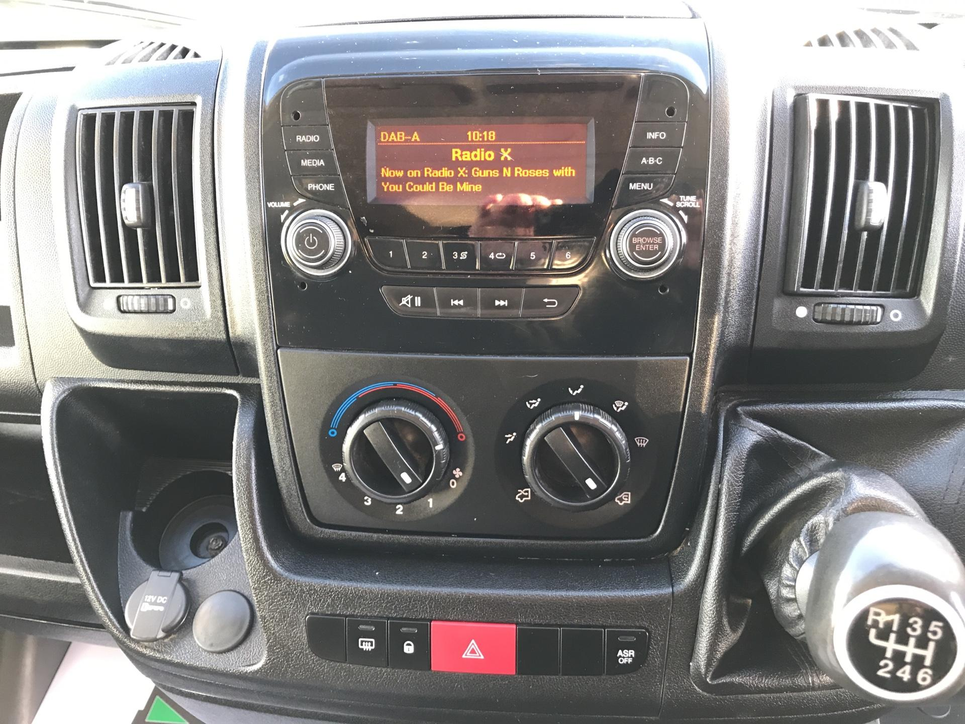 2015 Peugeot Boxer 2.2 Hdi H2 Van 130Ps Euro 5 (NU65TVM) Image 10