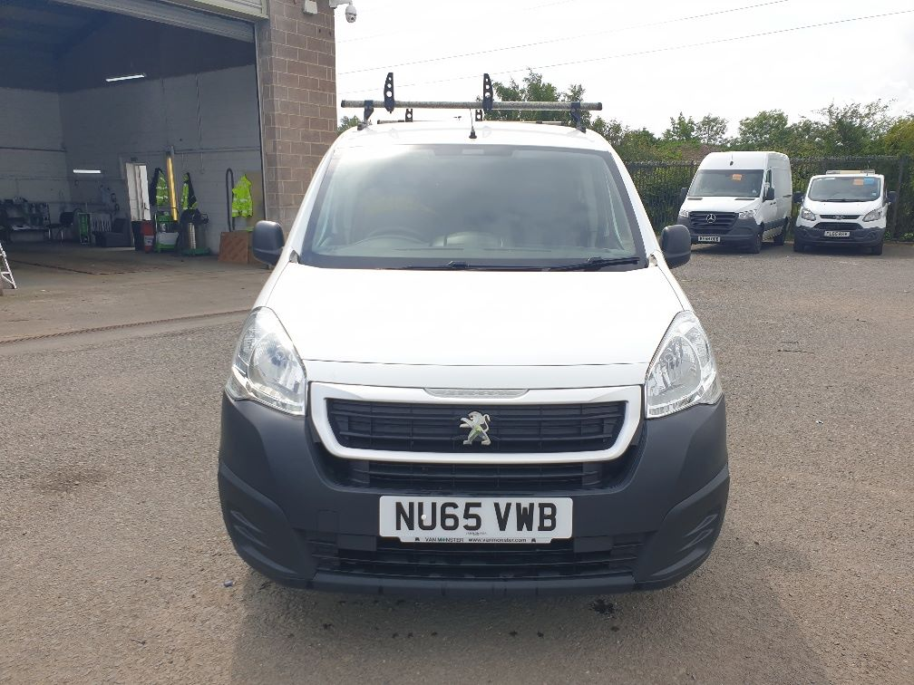 2015 Peugeot Partner *VALUE RANGE VEHICLE CONDITION REFLECTED IN PRICE* L1 850 S 1.6 92PS (SLD) EURO 5 (NU65VWB) Image 2