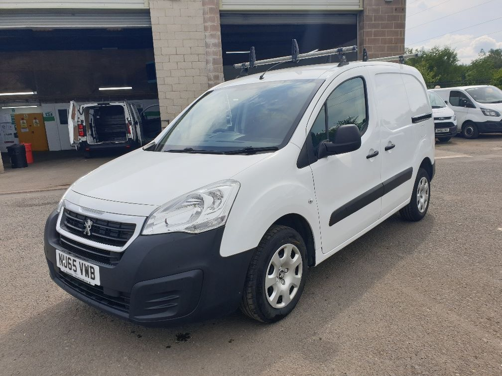 2015 Peugeot Partner *VALUE RANGE VEHICLE CONDITION REFLECTED IN PRICE* L1 850 S 1.6 92PS (SLD) EURO 5 (NU65VWB) Image 3