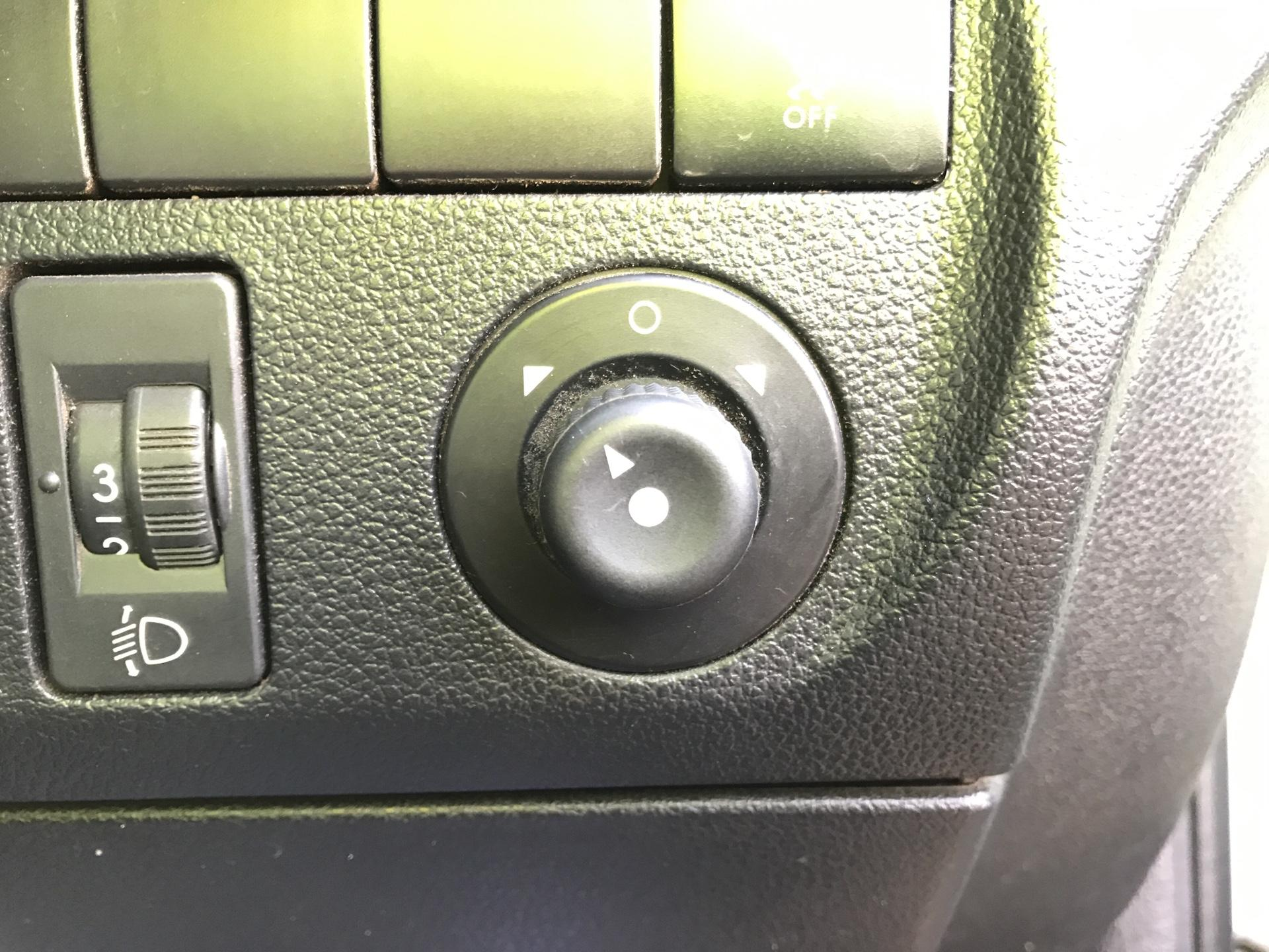 2015 Peugeot Partner L2 716 1.6 92 CREW VAN EURO 5 (NU65XAP) Image 15