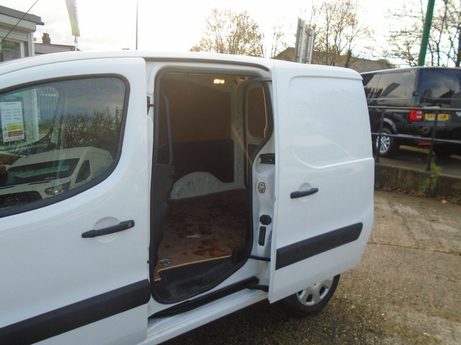 2015 Peugeot Partner 850 S 1.6 Hdi 92 Van [Sld] (NU65ZHH) Image 8