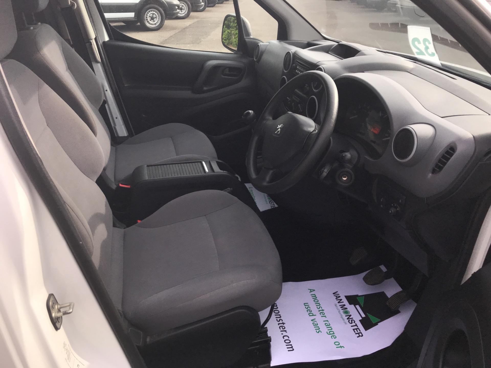 2015 Peugeot Partner 850 S 1.6 Hdi 92 Van [Sld] Euro 5 (NU65ZJN) Image 9