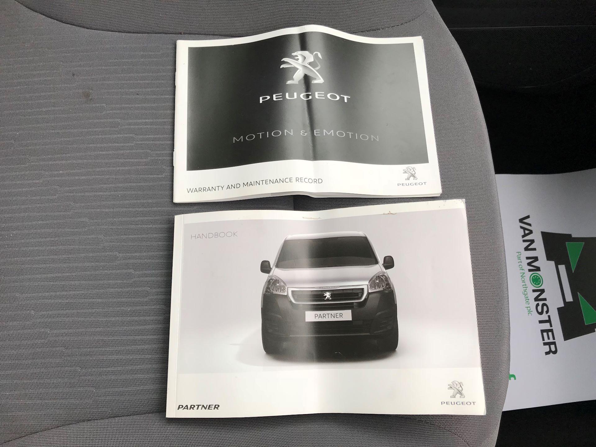 2015 Peugeot Partner  L1 850 1.6 92PS (SLD) EURO 5  (NU65ZYG) Image 25