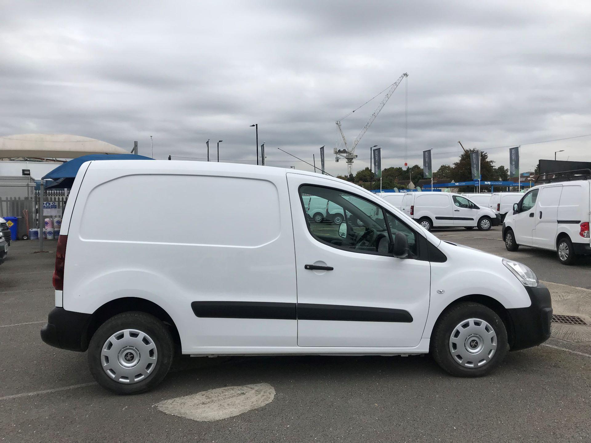 2015 Peugeot Partner  L1 850 1.6 92PS (SLD) EURO 5  (NU65ZYG) Image 8