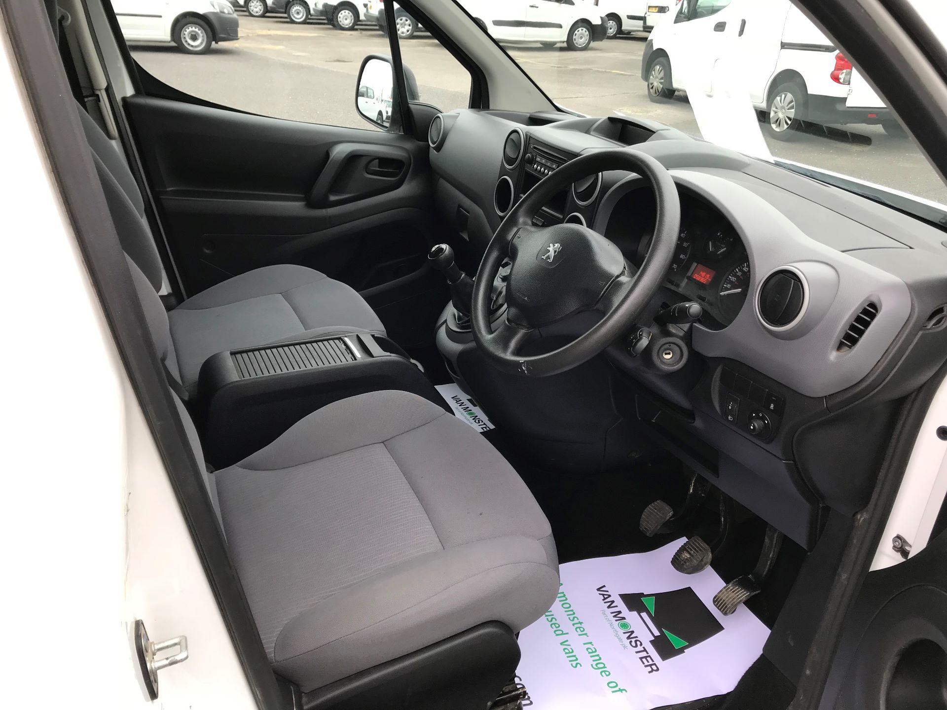 2015 Peugeot Partner  L1 850 1.6 92PS (SLD) EURO 5  (NU65ZYG) Image 19