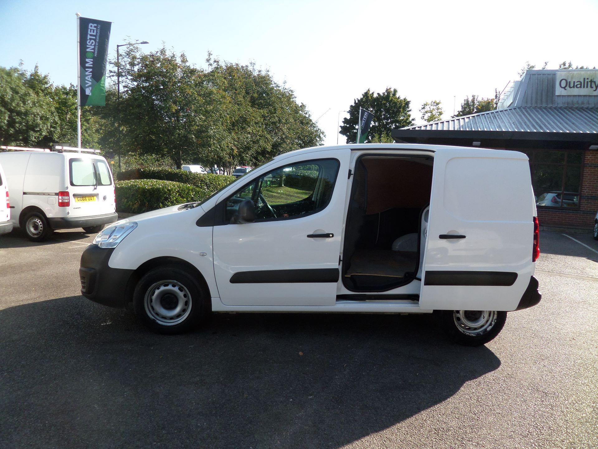 2016 Peugeot Partner 850 S 1.6 Hdi 92 Van [Sld] Euro 5 (NU66ANV) Image 7