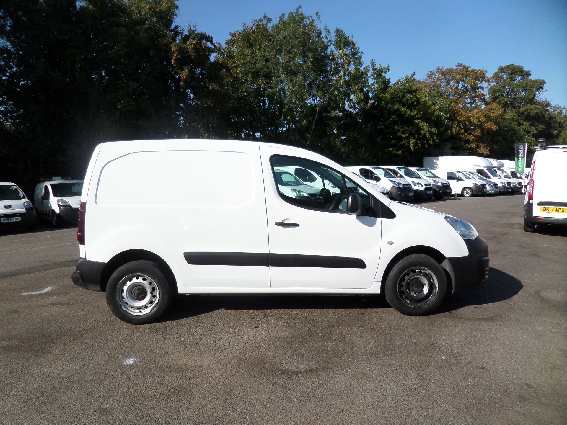 2016 Peugeot Partner 850 S 1.6 Hdi 92 Van [Sld] Euro 5 (NU66ANV) Image 2