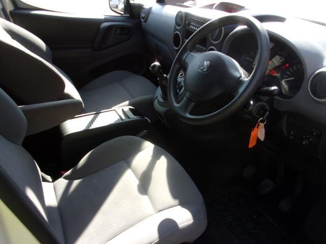 2016 Peugeot Partner 850 S 1.6 Hdi 92 Van [Sld] (NU66AOL) Image 2