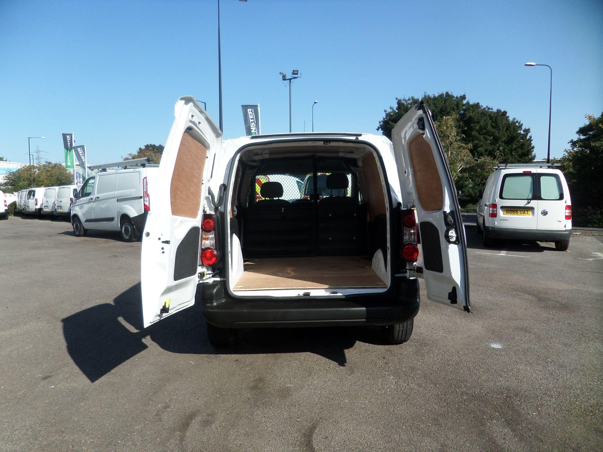 2016 Peugeot Partner 850 S 1.6 Hdi 92 Van [Sld] Euro 5 (NU66AON) Image 4
