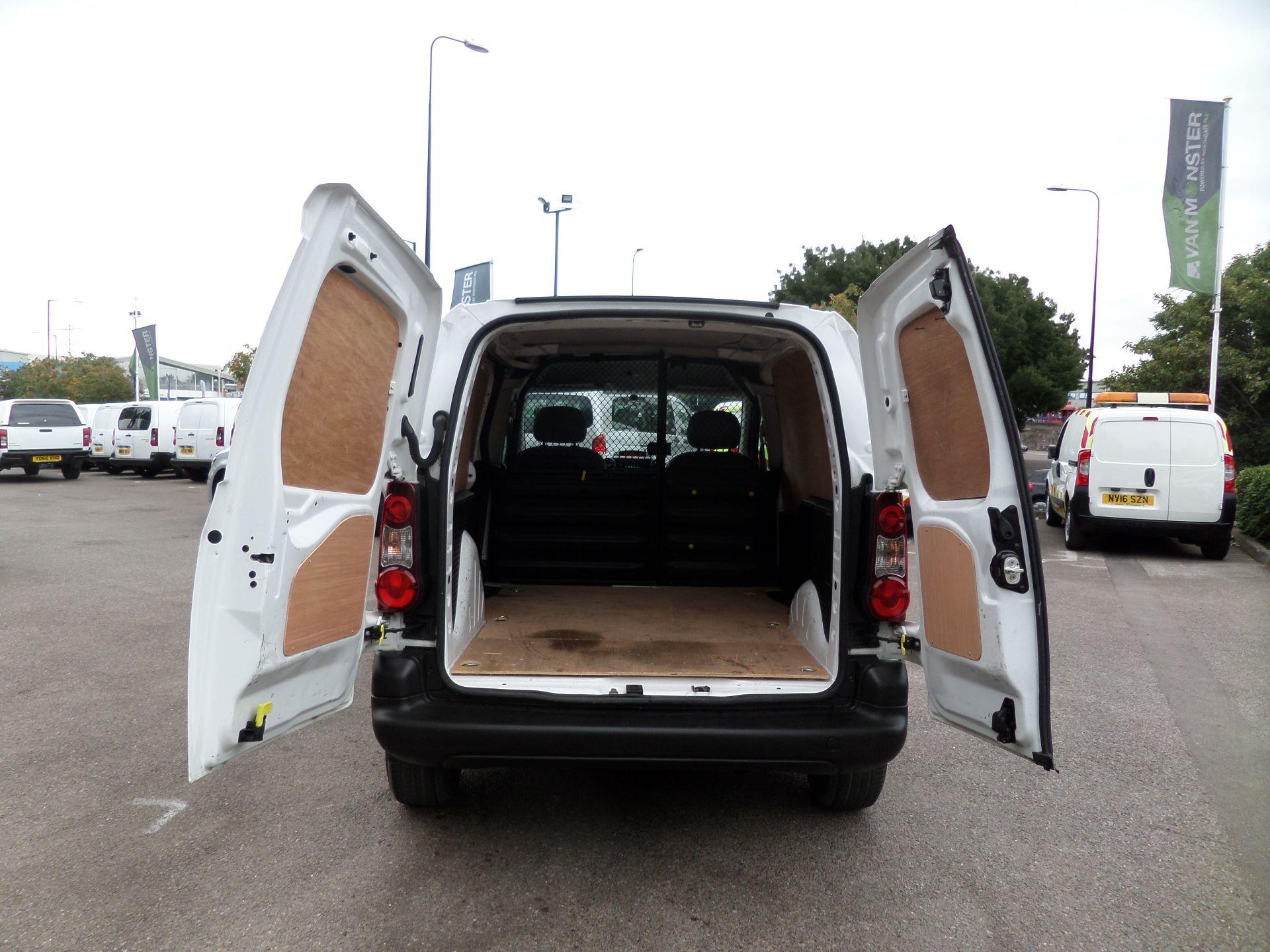 2016 Peugeot Partner 850 S 1.6 Hdi 92 Van [Sld] Euro 5 (NU66AOT) Image 4