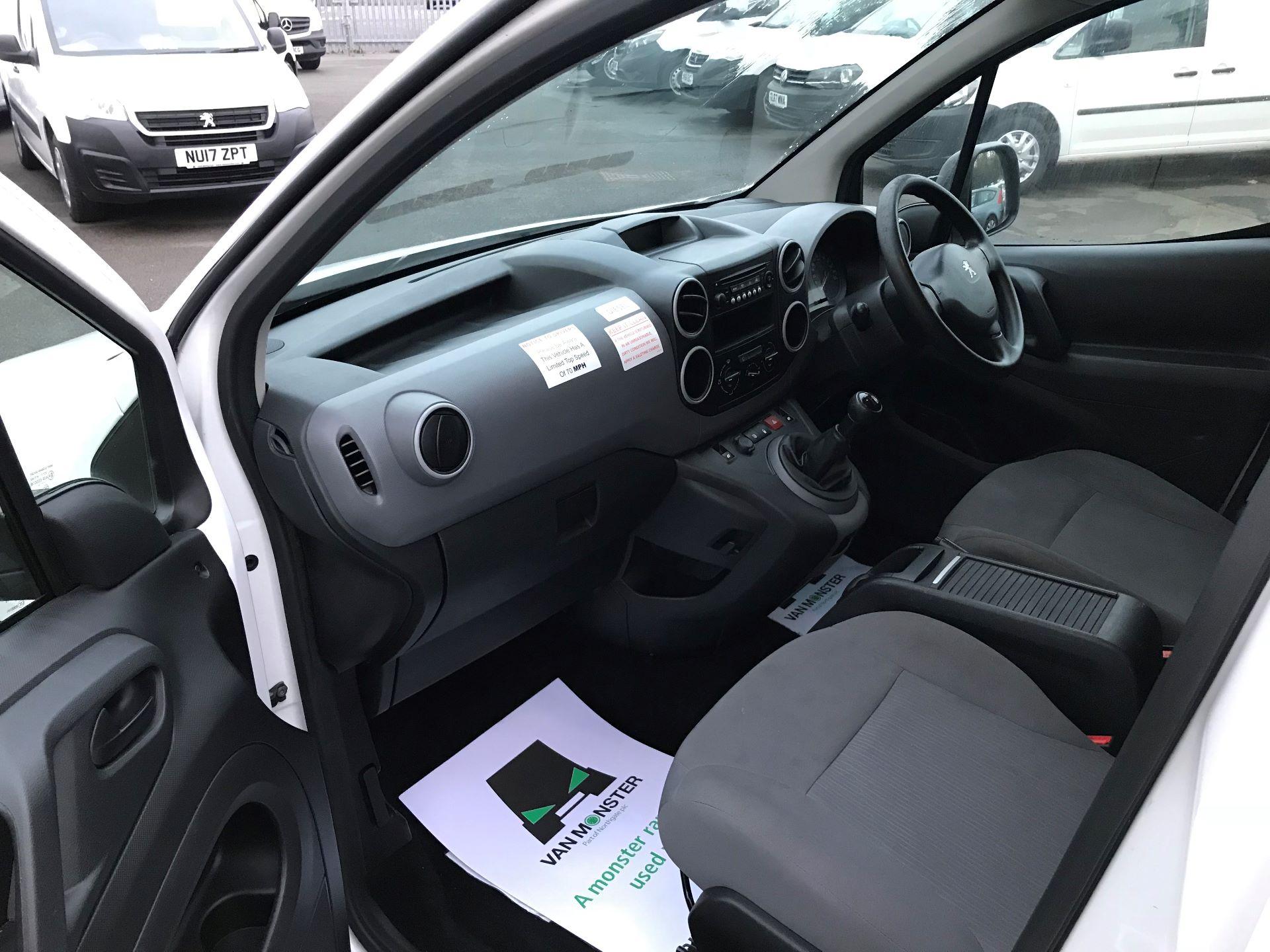 2016 Peugeot Partner L1 850 S 1.6 92PS [SLD] EURO 5 (NU66ASX) Image 17