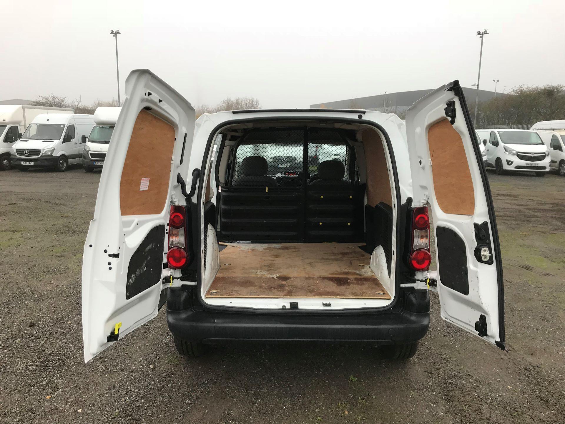 2016 Peugeot Partner 850 S 1.6 Hdi 92 Van [Sld] (NU66AUW) Image 15