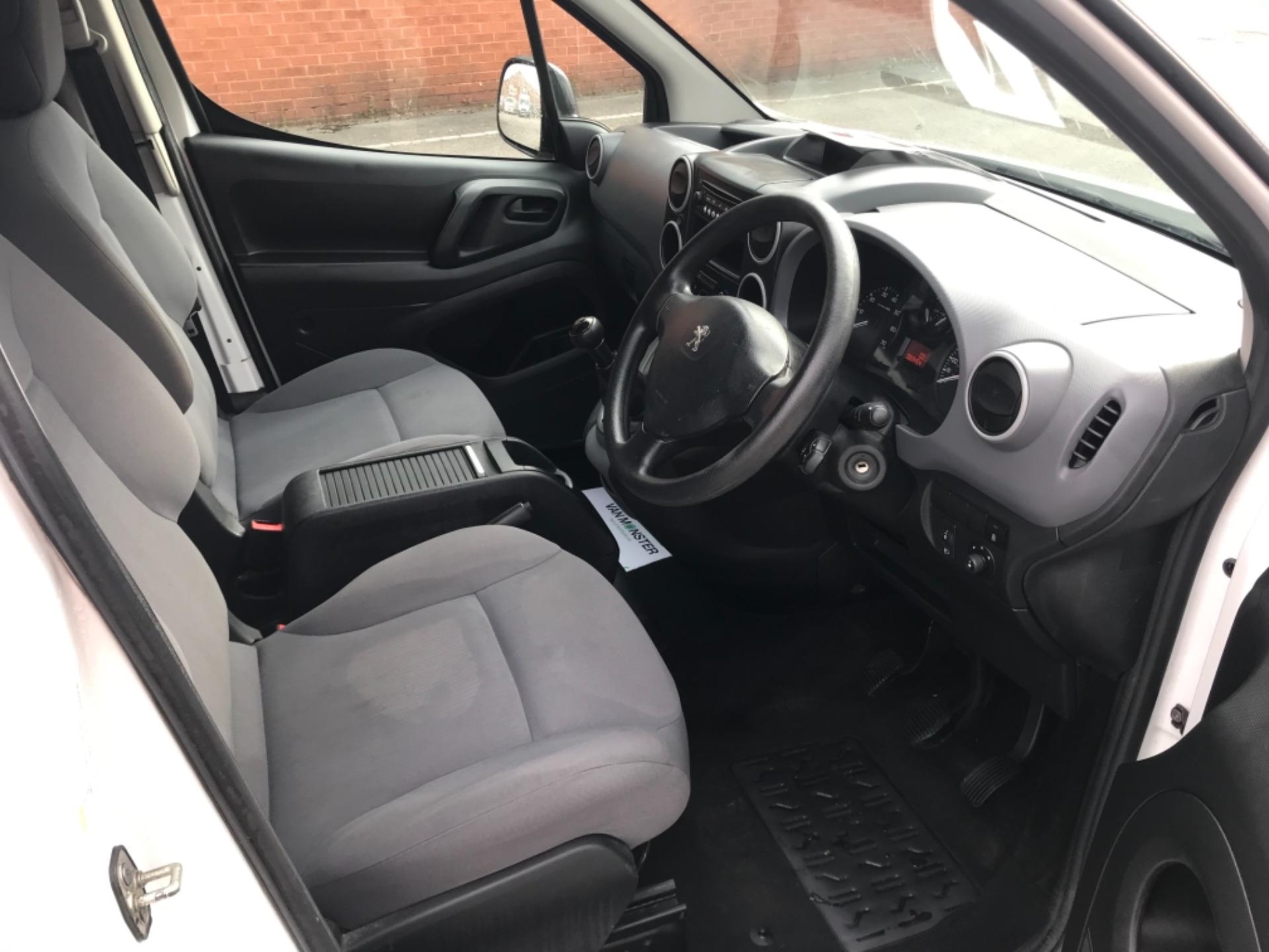 2016 Peugeot Partner 850 S 1.6 Hdi 92 Van [Sld] EURO 5 (NU66AVB) Image 9