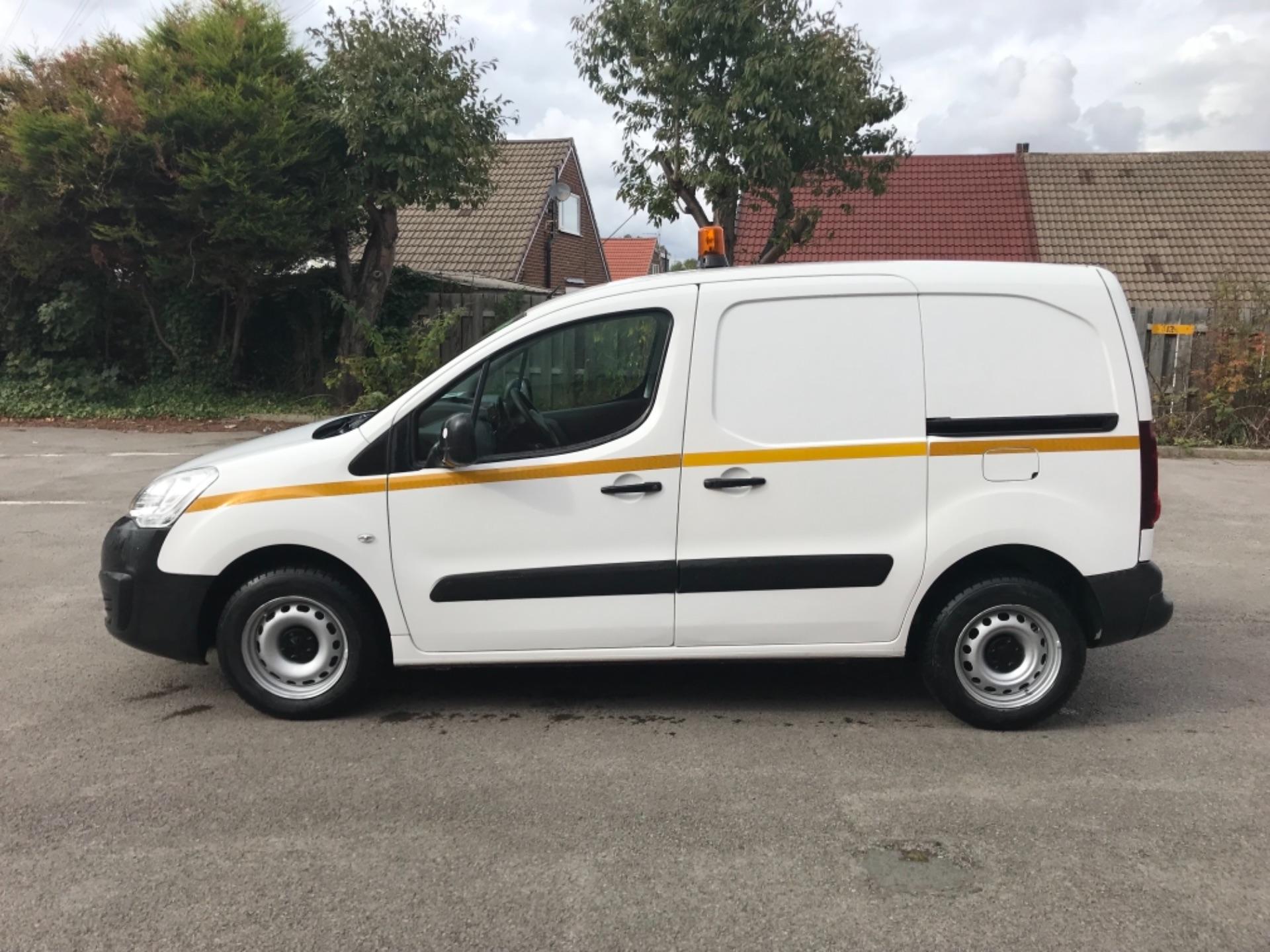2016 Peugeot Partner 850 S 1.6 Hdi 92 Van [Sld] EURO 5 (NU66AVB) Image 4