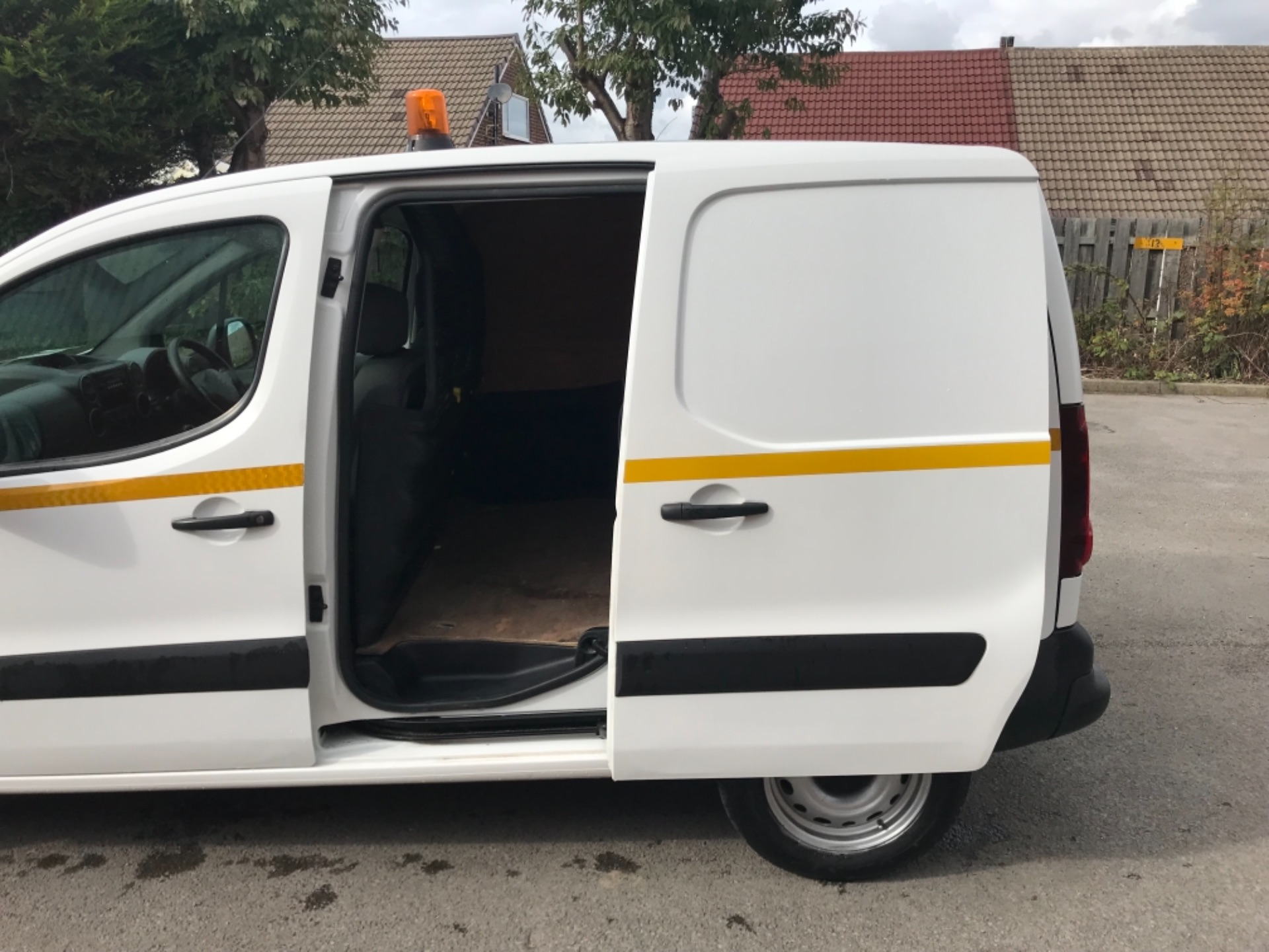2016 Peugeot Partner 850 S 1.6 Hdi 92 Van [Sld] EURO 5 (NU66AVB) Image 26