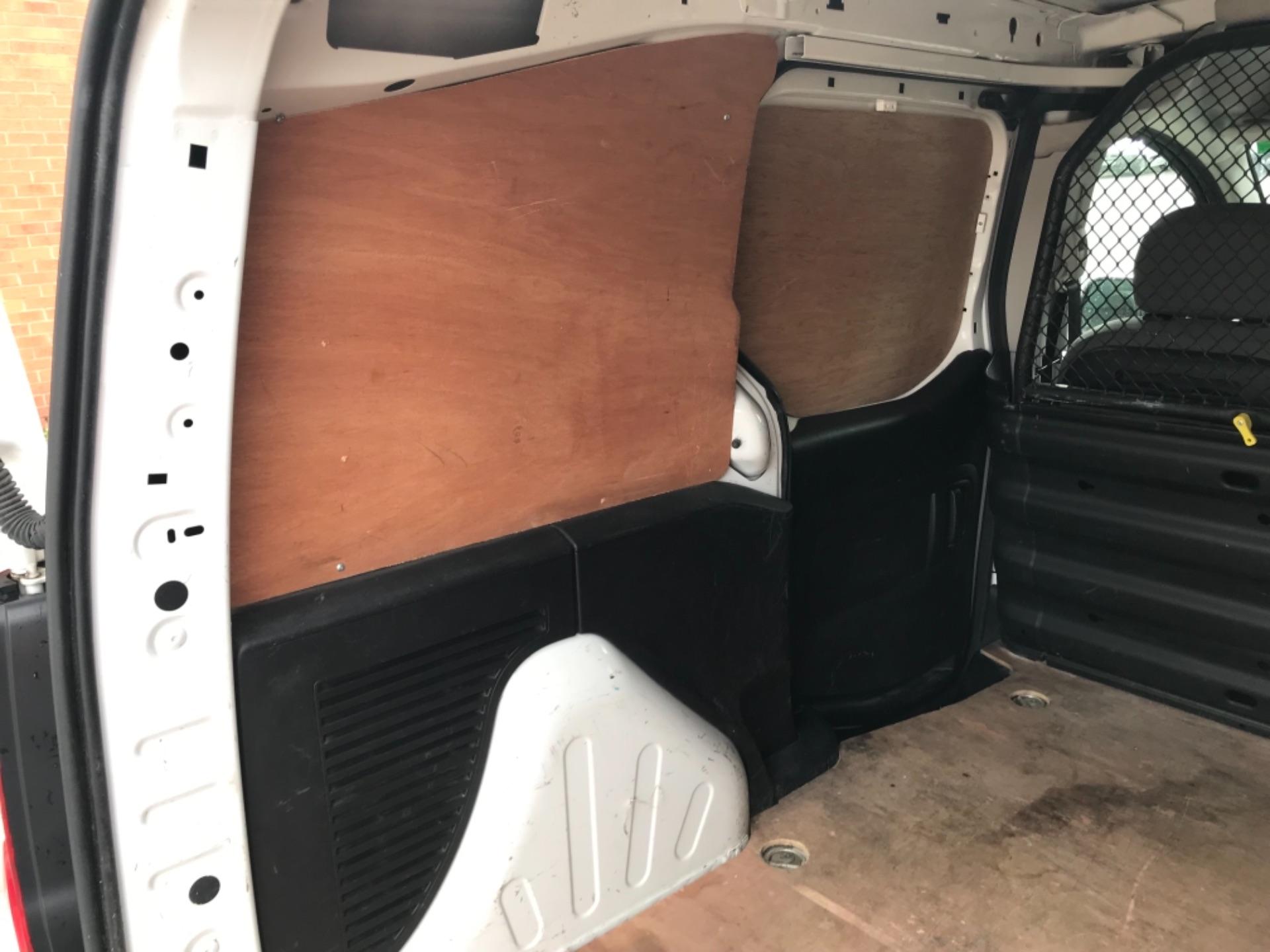 2016 Peugeot Partner 850 S 1.6 Hdi 92 Van [Sld] EURO 5 (NU66AVB) Image 30