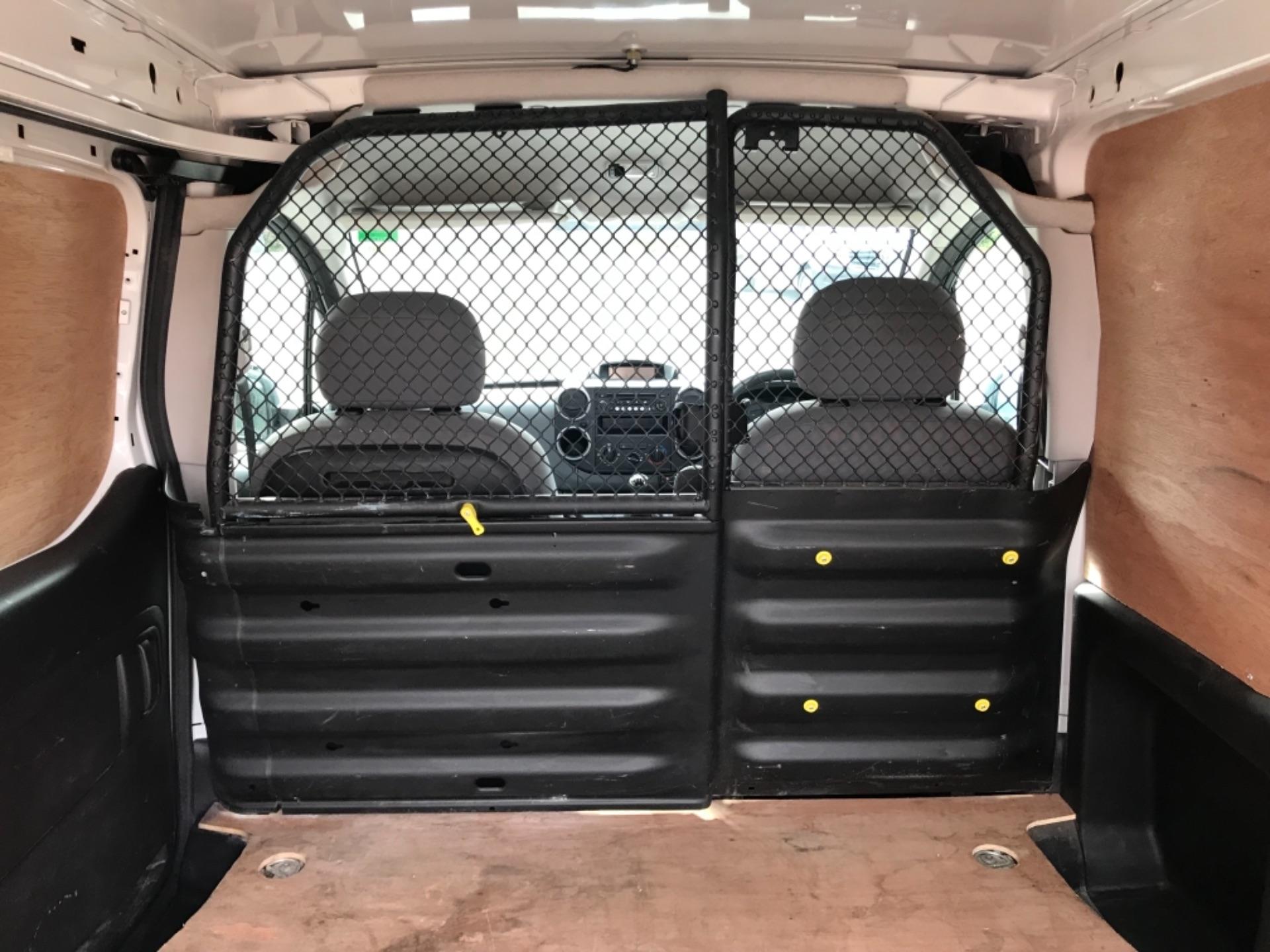 2016 Peugeot Partner 850 S 1.6 Hdi 92 Van [Sld] EURO 5 (NU66AVB) Image 29